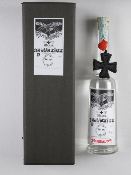 Jonathan Meese. Grappa, DON MEESE'S NR. 1 GRALSBABY D'ANNUNZIOZ, 2009